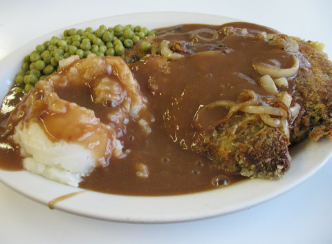 liver-and-onions-with-spuds-and-gravy